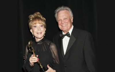 "Music Legend Tommy Roe Honors ""I Dream of Jeannie"" Star"